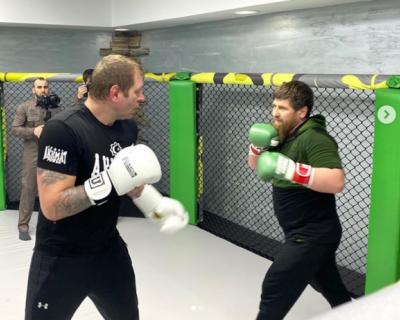 Рамзан Кадыров сразился с Александром Емельяненко
