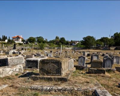 В Севастополе начали инвентаризацию кладбищ