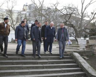 В Севастополе приступили к ремонту улицы Луначарского