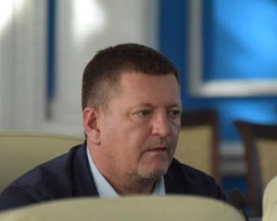Забывчивость севастопольского депутата Камзолова отразилась на кошельках жителей города