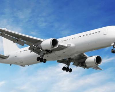 Самолет, следующий рейсом Санкт-Петербург – Симферополь, готовится к экстренной посадке в Ростове