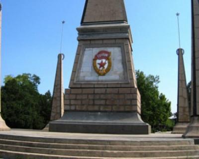 Памятник освободителям Севастополя до сих пор не числится в реестре городской собственности. За него никто не отвечает!