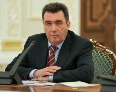 Секретарь СНБО Украины обвинил Китай в распространении коронавируса из военной лаборатории (ВИДЕО)