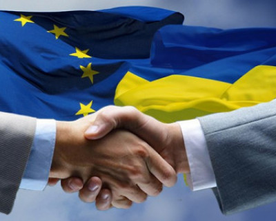 Украина призывает к усилению санкций в отношении России