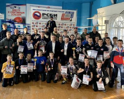 В Севастополе определили сильнейших бойцов ММА (ФОТО, ВИДЕО)