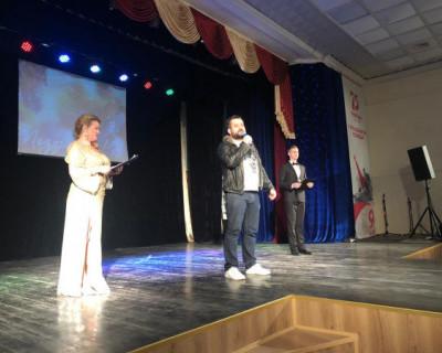 Михаил Брицын поздравил жительниц Нахимовского района с Международным женским днем