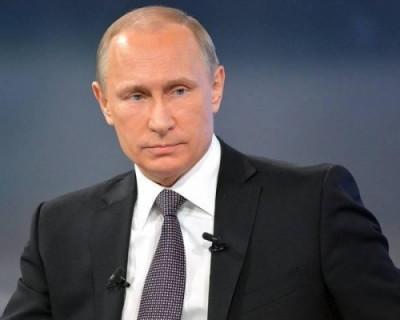Владимир Путин призвал россиян не покупать лишние продукты