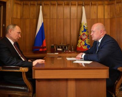 Президент Владимир Путин поддержал предложение врио губернатора Севастополя Михаила Развожаева