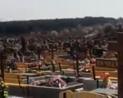 В Севастополе осквернили могилы на городском кладбище