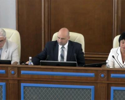 За что севастопольские депутаты хотят лишить неполные семьи поддержки?