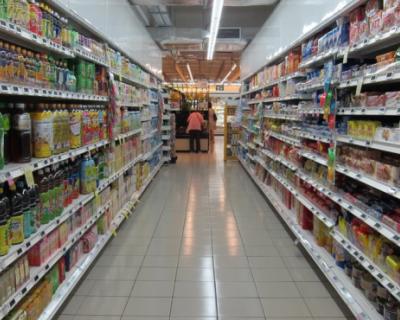 Власти Севастополя продолжают контролировать наличие товаров и уровень цен на рынках