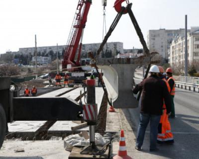 В Севастополе продолжается реконструкция моста