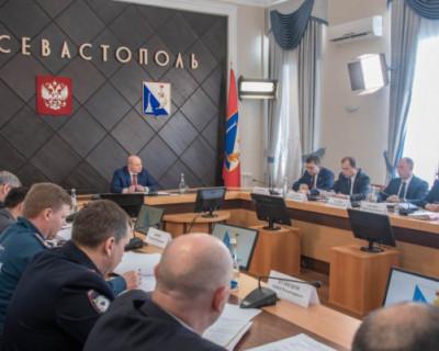 Медицина Севастополя обеспечена запасом защитных средств и аппаратами ИВЛ