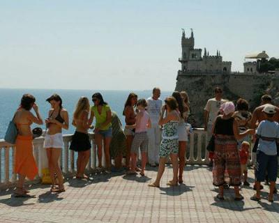 Крым в этом году потеряет не меньше 1 млн туристов