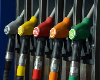 Россиянам не стоит ждать падения цен на бензин