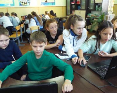 Школьники Севастополя получат почти 1,5 тысяч продуктовых наборов