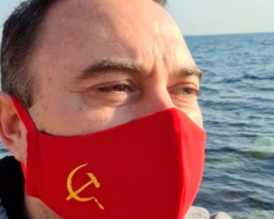 Главный коммунист Крыма пользуется самодельными масками и водкой вместо антисептика (ВИДЕО)