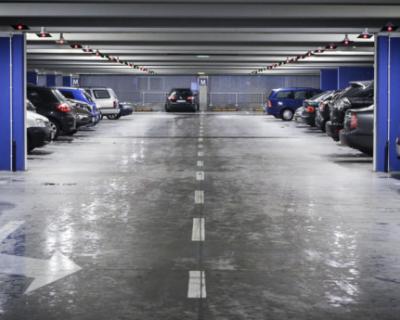 «ИнтерСтрой» предлагает места в подземном паркинге элитного дома в Севастополе