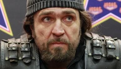 «Хирург», предложил прокатить на мотоцикле Ксению Собчак, чтобы выбить из неё «оранжевую дурь» (видео)