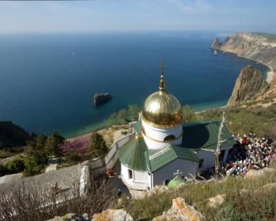 Свято-Георгиевский монастырь в Севастополе закрыт на карантин