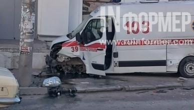 """""""Скорая помощь"""" в спешке на вызов попала в аварию (фото с ДТП)"""