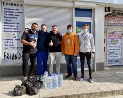 Севастопольские единоборцы  и «Молодежка ОНФ» помогают пожилым в период самоизоляции