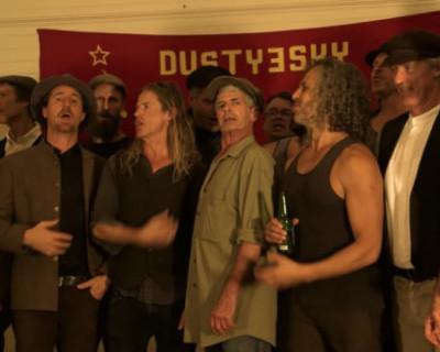 Австралийский хор исполнил песню «На поле танки грохотали» (ВИДЕО)