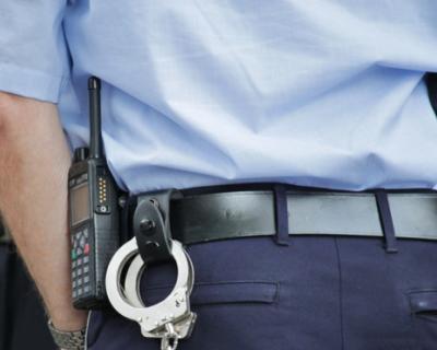 Полицейские Севастополя по горячим следам задержали воров, избивших пожилого мужчину