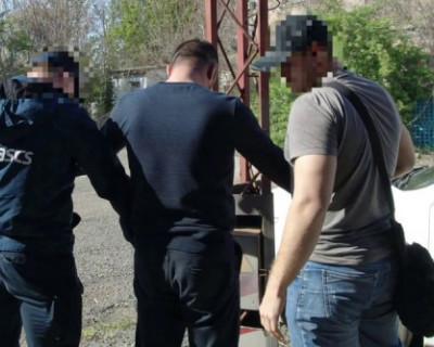 В Симферополе задержано за взятку руководство агентства по управлению госимуществом в Крыму