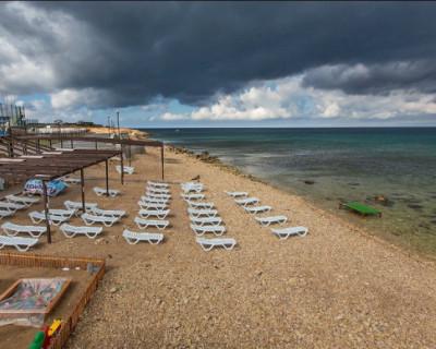 Пляжный сезон в Севастополе может состояться только частично