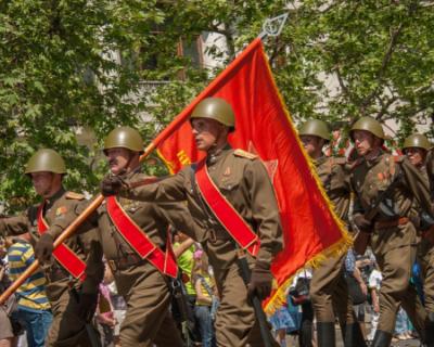 В Севастополе проходит акция «Окна Победы»
