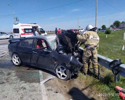 Севастопольские спасатели оказали помощь пострадавшим в ДТП