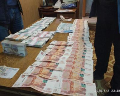 Сотрудник «Почты России» попытался завладеть пятью мешками пенсионных денег