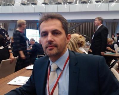 Солидная зарплата и скромные достижения севастопольского омбудсмена по правам человека
