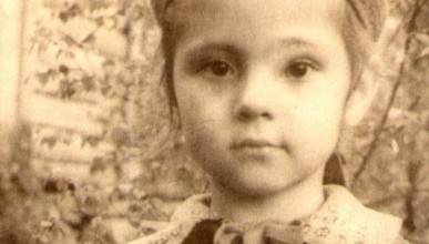Угадай по детской фотографии известного человека в Севастополе и получи 300 рублей на телефон!