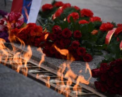 В Севастополе почтили память защитников города от немецко-фашистских захватчиков