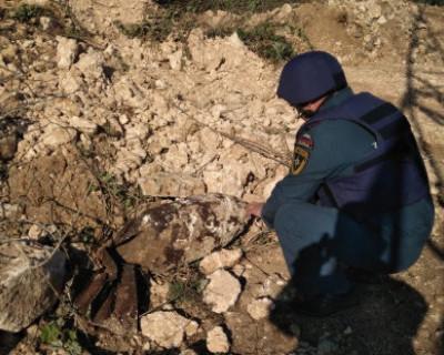 Севастопольские пиротехники обнаружили авиационную бомбу в СТ «Колос»