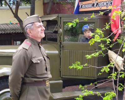 Севастопольских ветеранов поздравляли дома