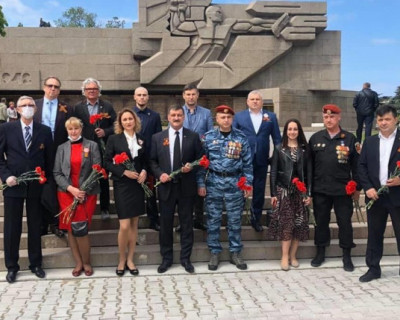 Что можно в Севастополе членам ОПы, но нельзя вице-премьеру в Крыму?!