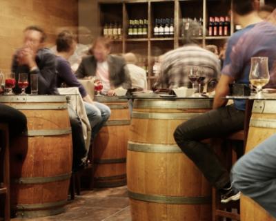 Где в Севастополе можно будет выпить и закусить?