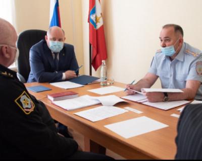 Врио губернатора Севастополя провел расширенное заседание городской призывной комиссии