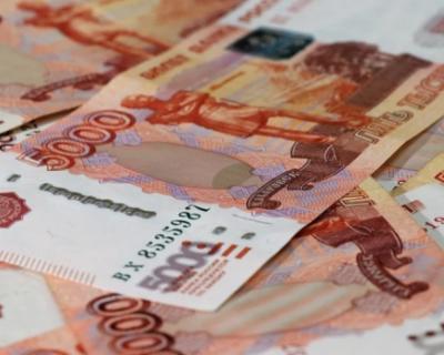 Россияне забирают деньги из банков и отказываются от кредитов