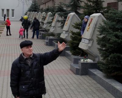 Неугомонный общественник опять инициирует новые, но резонные  памятники в Севастополе...