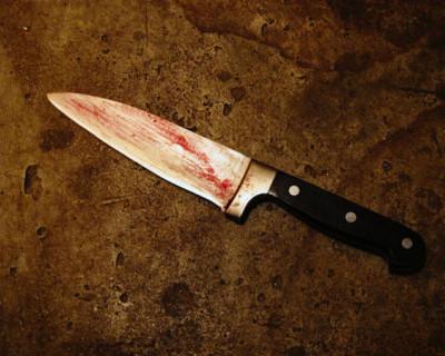 В Севастополе молодой человек нанёс обидчику ножевое ранение в область груди и скрылся