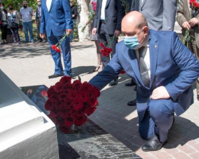 В Крыму почтили память жертв депортации народов