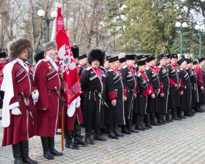 Казаки и полицейские будут контролировать в городах Крыма соблюдение социальной дистанции