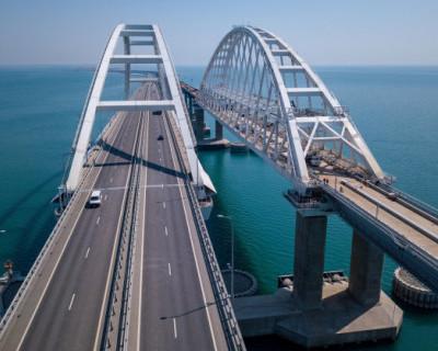 Туристы едут в Крым, несмотря на запреты властей