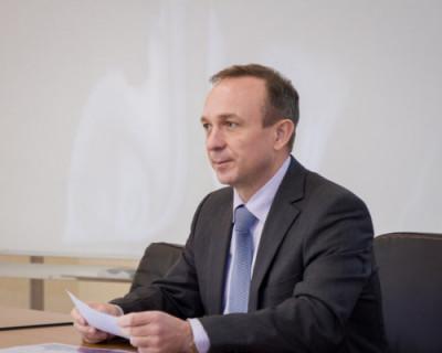 Михаил Развожаев предложил чиновнику Севастополя ночевать в его приёмной