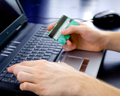 Интернет-мошенники украли у крымчанки почти миллион рублей