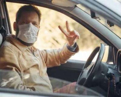 Севастопольские водители общественного транспорта игнорируют масочный режим